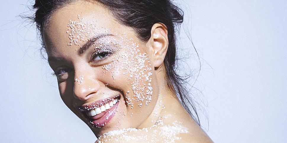 Уход за кожей лица зимой: полезные советыНовости мира сегодня NTD
